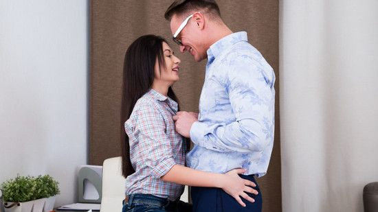 [PixAndVideo] Roxy Sky – Handsomely Rewarded Online Free