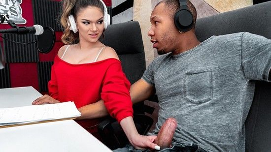 [SneakySex] Athena Faris – Turn On The Radio Online Free