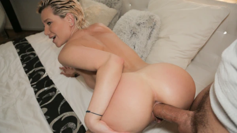 [PublicAgent] Subil Arch – MILFS Perfect Body Fucked for Cash Online Free