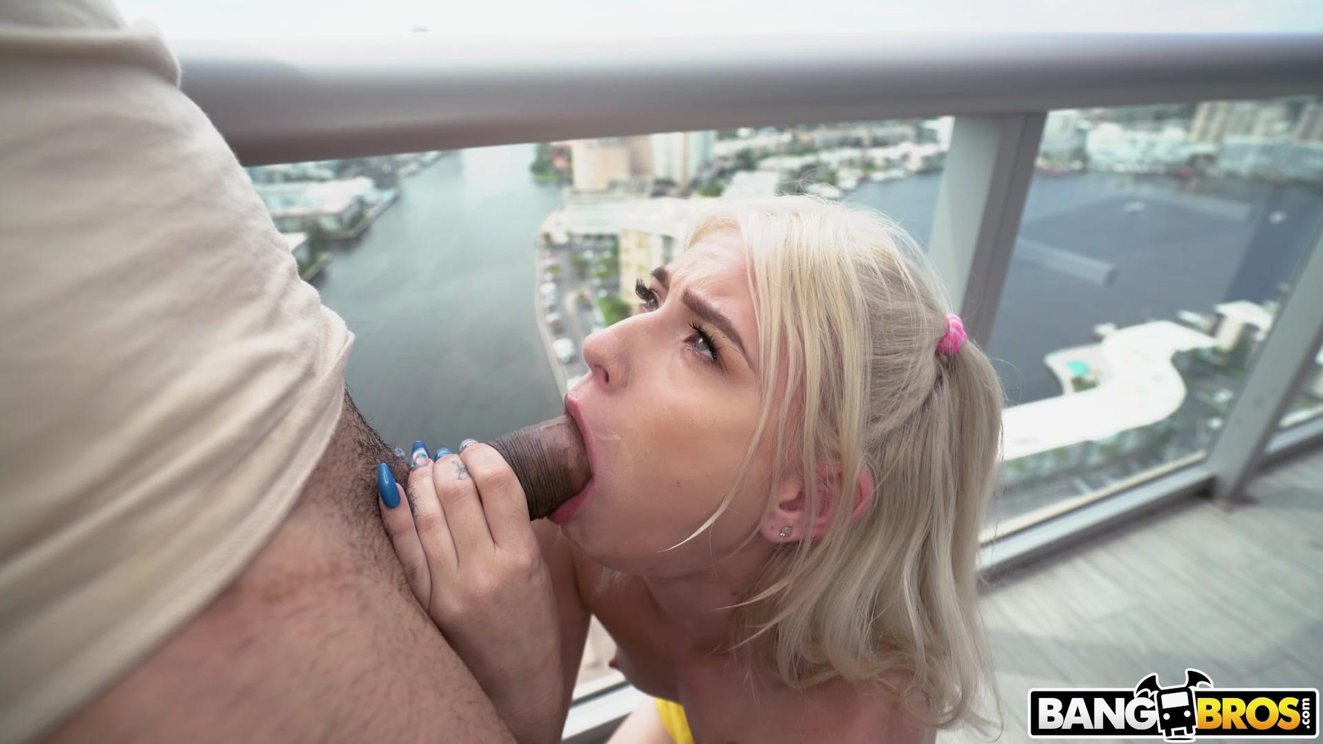 Blowjobfridays  Jessie Saint