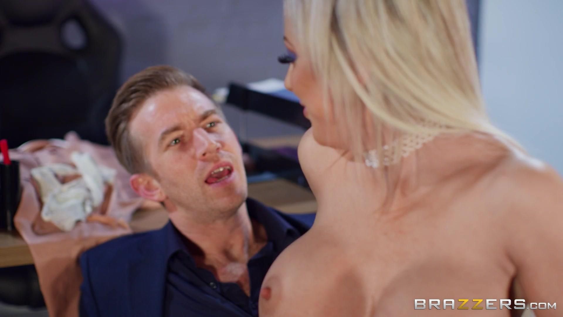 Big Tits At Work – Skyler Mckay Its Ergonomic